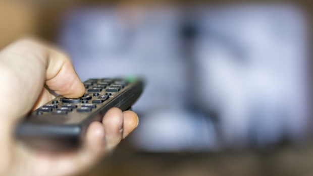 cable-tv-remote A Record 202,000 Canadians Have Cut the Cord